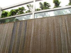 陶板名画の庭の滝b