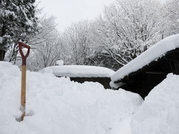 「雪の工房-玄関」